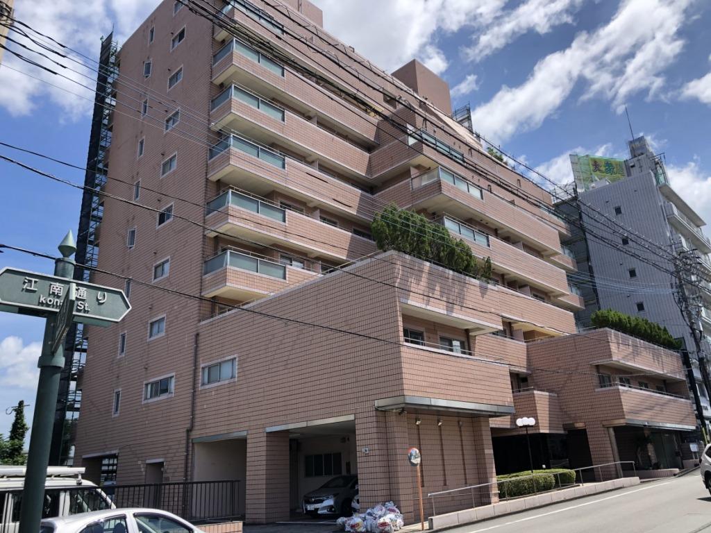 人気の大淀地区のマンション!レトロな雰囲気と豪華な造りが何とも言えない良さを醸し出すマンションです!写真