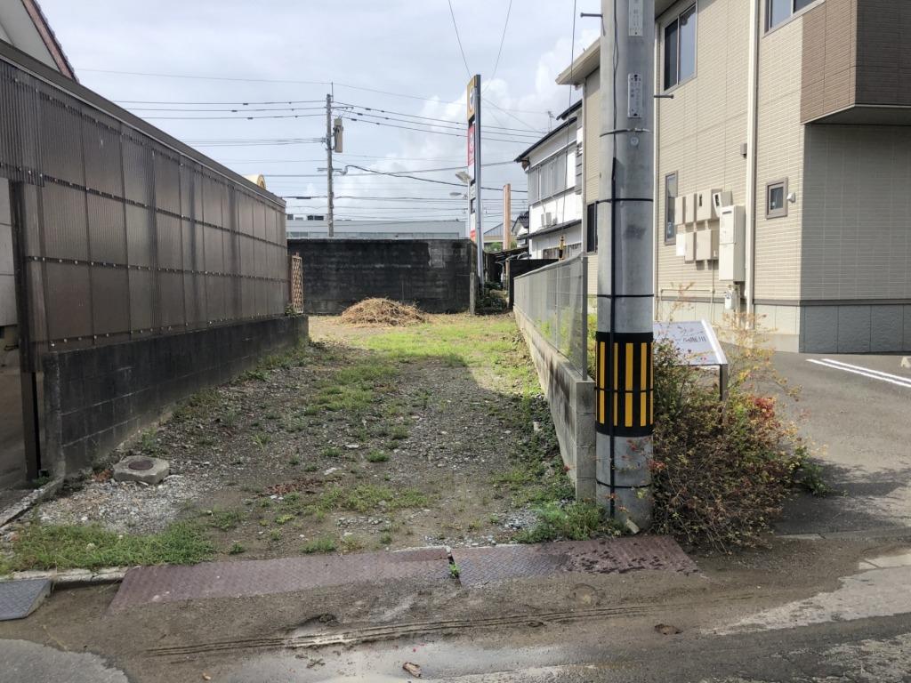 堀川町の売地!徒歩圏内に銀行・スーパーがあり小中学校が近いです!宮崎駅までのアクセスもいいのでJR通勤の方にも好立地です!写真