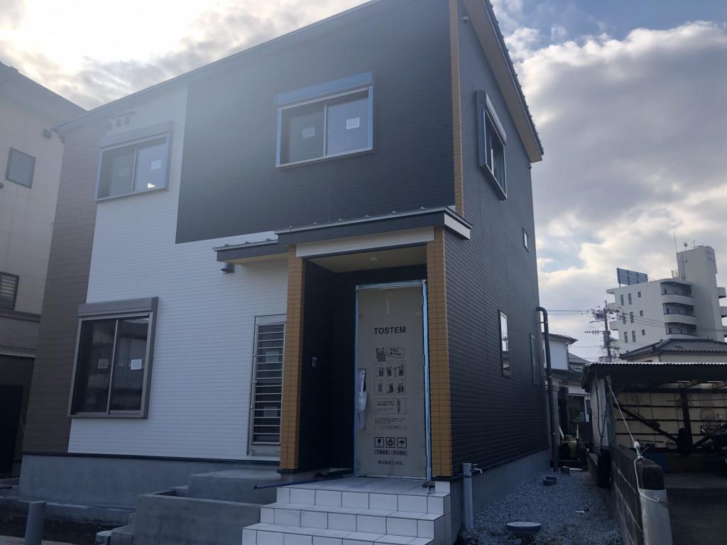 宮崎市高洲町の新築一戸建て間取り/配置図