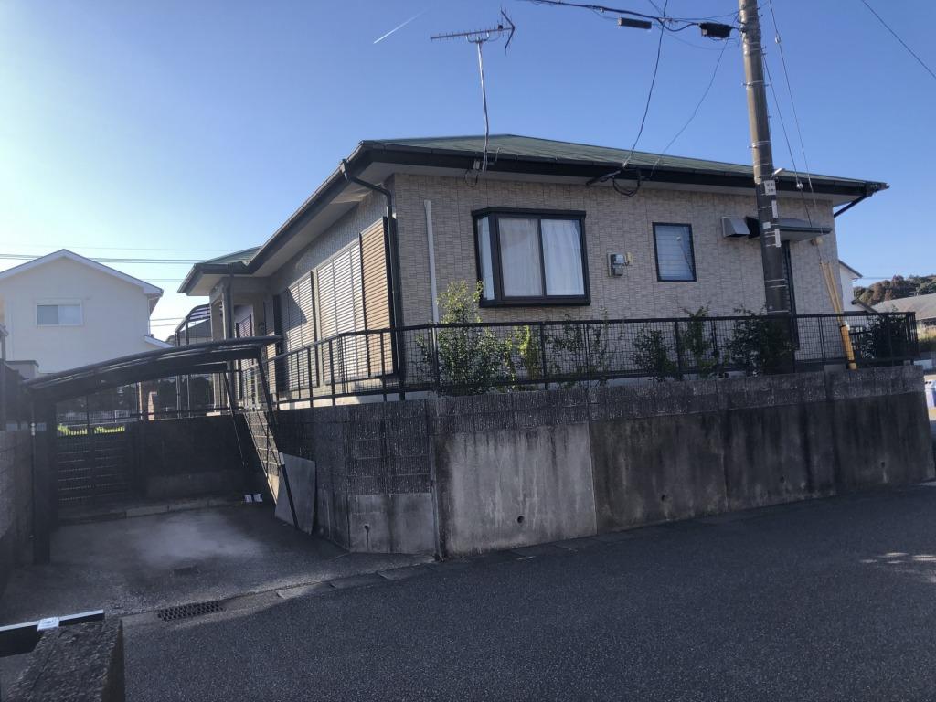 人気エリアの高台にある薫る坂の平屋住宅!空家のためいつでも内見できます!ゆったりした3LDK!交通アクセスもよく徒歩圏内には大型病院やスーパーもあり生活環境は良好です!画像2