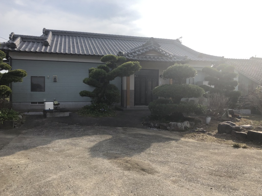 宮崎市高岡町花見の中古住宅間取り/配置図