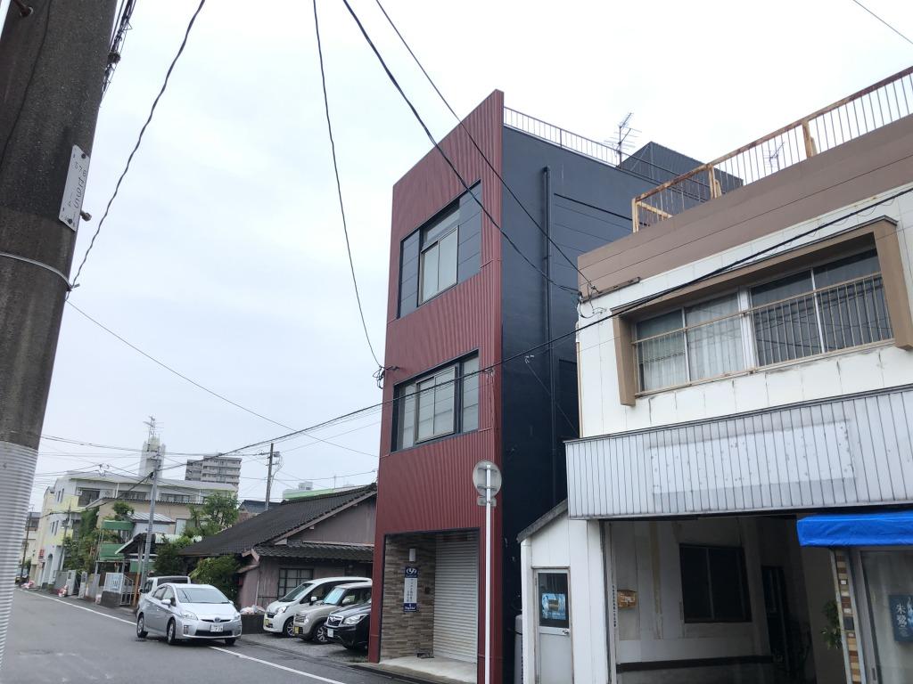 太田3丁目の4階建て(居宅付テナントビル)!大通りより東側の筋に入っていますので車通りは少ないです!住んでも良し、貸しても良し!自由な使い道がある物件です!画像4